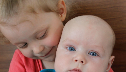 Jak zorganizować czas przy dwójce dzieci